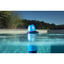 Blue Connect, analyseur d'eau de piscine intelligent